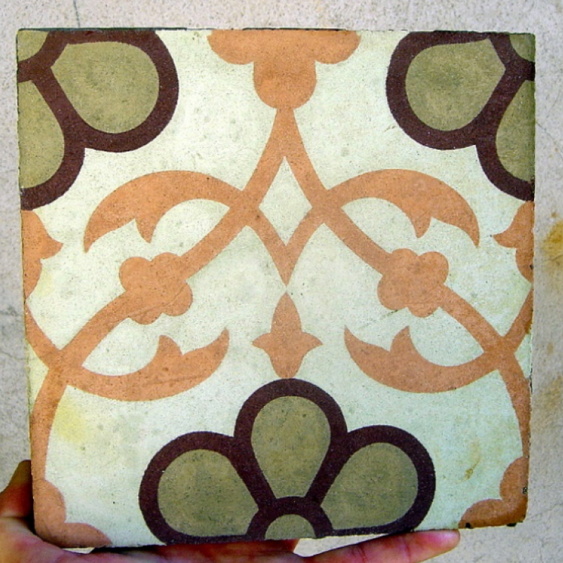 Example: An antique carreaux de ciment tile 20cm sq c.1900